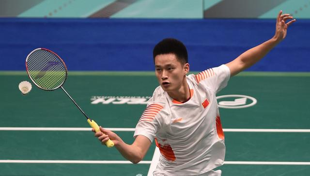 喜讯!国羽21岁小将逆转香港一哥晋级4强,落后6分反超太霸气!