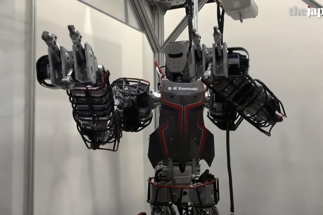 一次看个够!日本机器人周上展出多种机器人