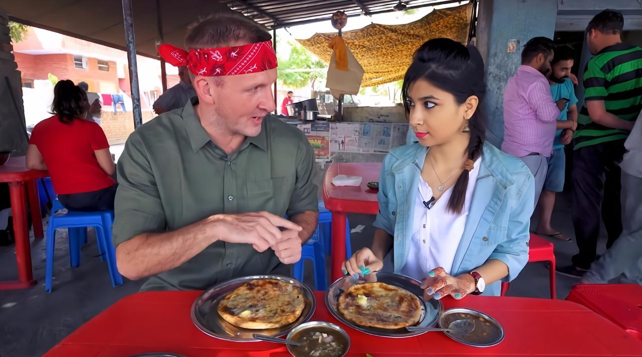 印度人早上都吃啥?看看这顿,就花了不到一块钱!