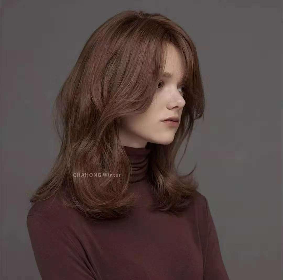 45岁职业女性如何选择适合自己的漂亮发色?_分分彩开奖