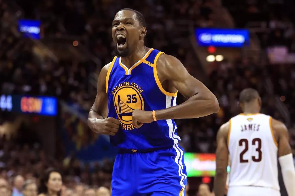 社媒运营之道:NBA球星该如何经营「人设」?