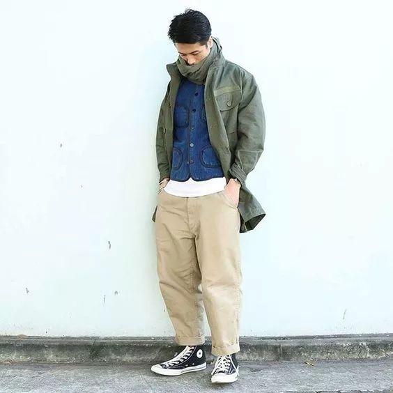 男生 怎么搭配裤子和鞋子图片