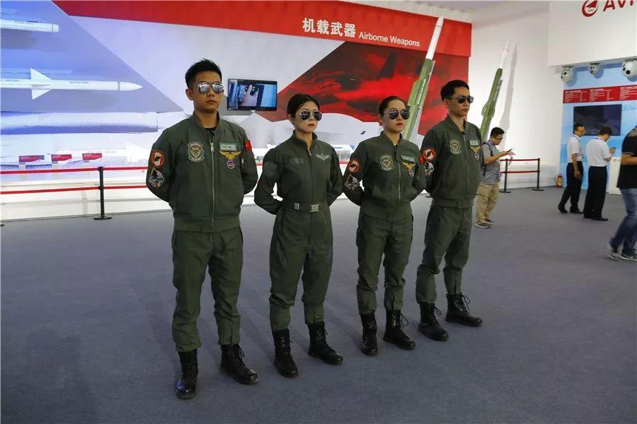 被问到发动机性能如何,歼20总设计师,航空工业集团副总经理杨伟淡定表