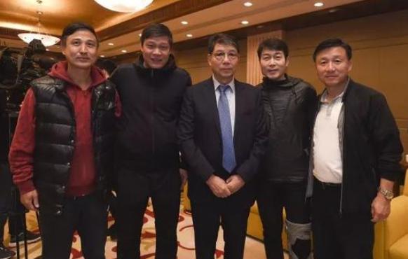 """74岁徐根宝绘制蓝图:为中国足球培养一个""""姚明"""""""