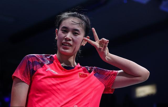 国羽18岁小将连胜2师姐夺冠 有望成女单第三人