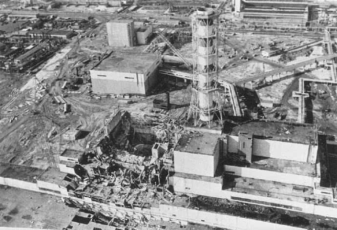 歼20新编队隐含超强战力!以军同样编队曾摧毁核设施