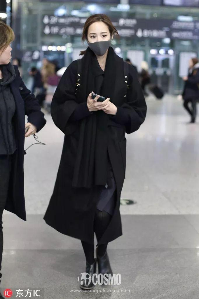 在追一个女孩天冷了想送她一条围巾买多少钱的