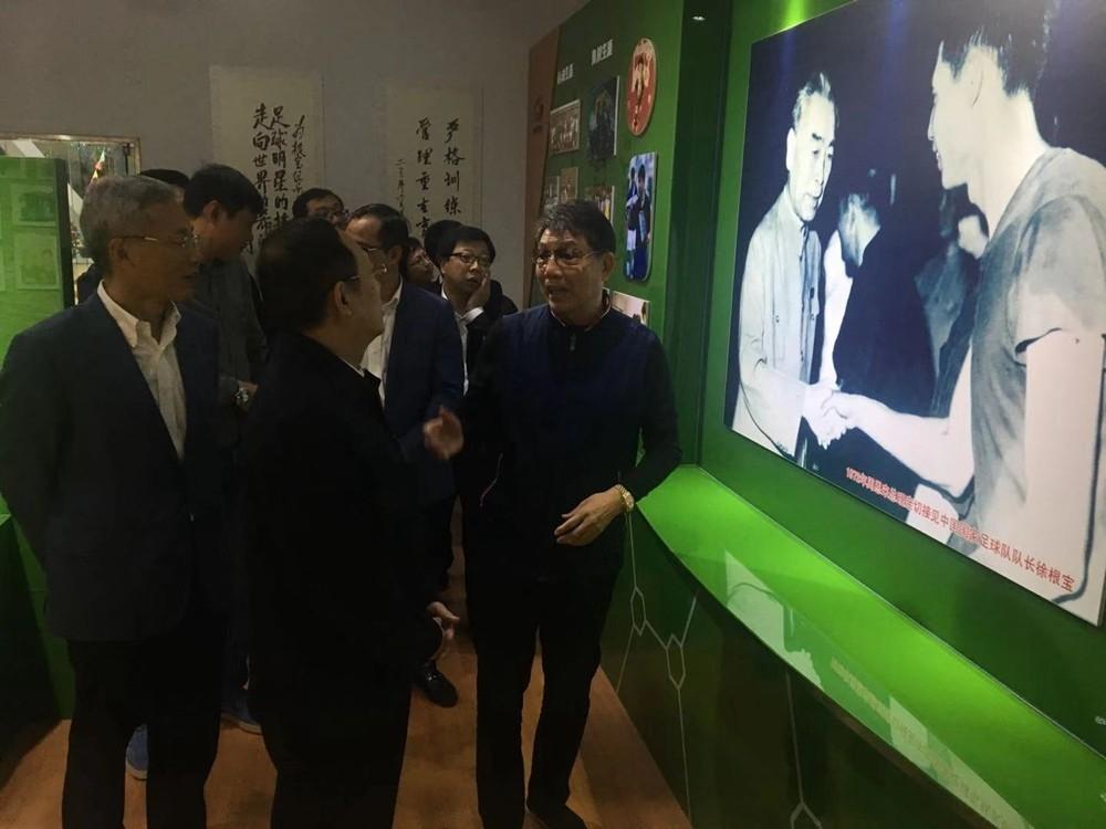 """74岁的徐根宝向领导绘制蓝图:为中国足球培养一个""""姚明"""""""