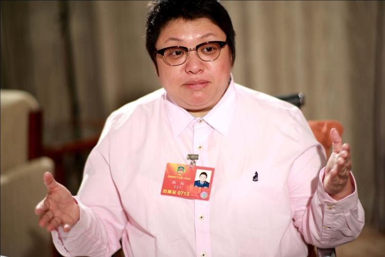 山寨版林俊杰冒名圈钱2年赚140万,韩红怒了:太无耻