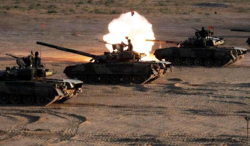 珠海航展上的国之重器——VT-4主战坦克