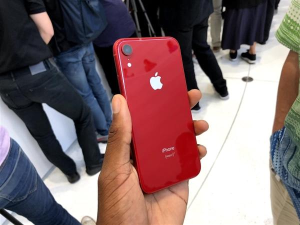 苹果股价持续走跌:iPhone XR需求低迷所致