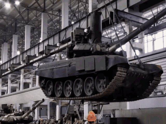 要想出厂先被淹!俄罗斯罕见公布坦克水密测试