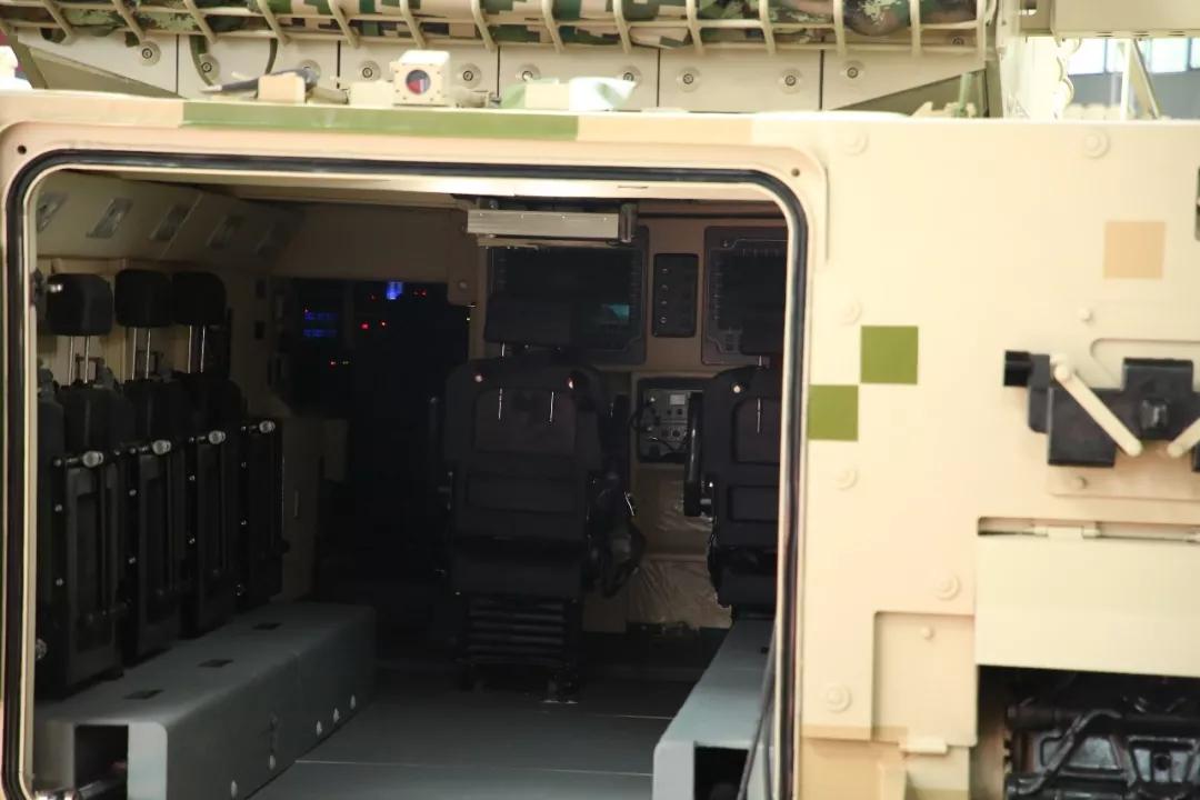 近观不断进化中的VN-17 遥想未来中国步兵战车