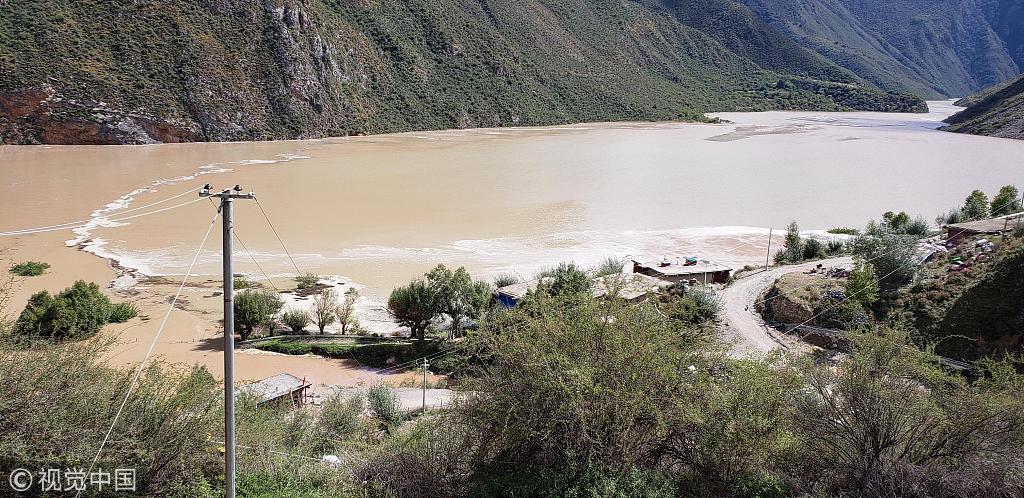 ?金沙江堰塞湖累计上涨39.42米 初步排险方案确定