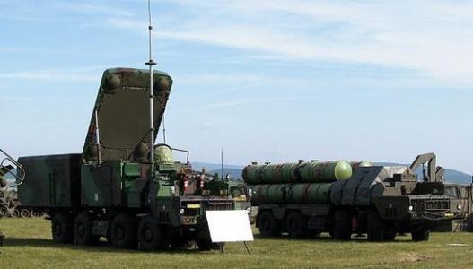 进口S300太少,伊朗试射国产防空导弹,战时恐仍难阻止美以空袭
