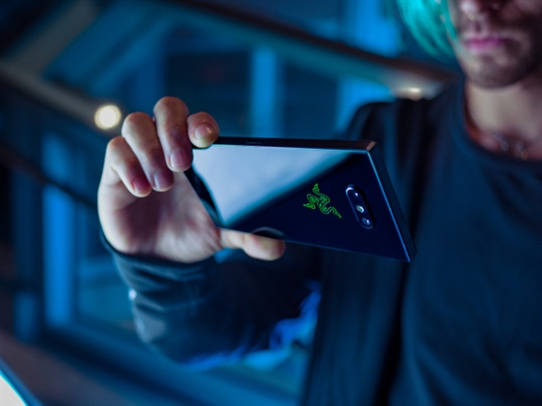 骁龙845/120Hz屏 Razer Phone 2即将在台湾发布:11月14日见