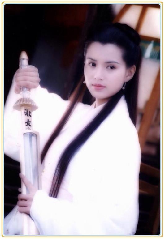 金庸笔下3大 小龙女 深夜齐发文悼念,网友 最扎心的是李若彤