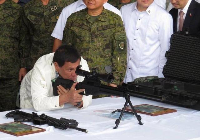 大量恐怖分子涌进菲律宾 中国赠送2万支枪将有大作用
