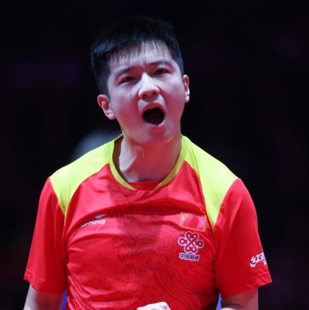 国乒两大将同输日本选手被淘汰 樊振东送11
