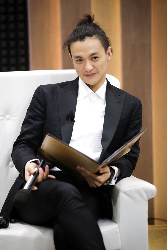 章子怡首部电视剧《帝凰业》来袭 男主周一围