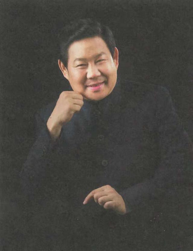 泉水先生:中国最具商业影响力策划人,为国内心理剧领域开疆辟土