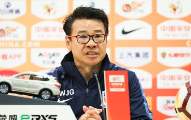 吴金贵:伤病令本赛季跌宕起伏 提拔年轻球员申花未来可期