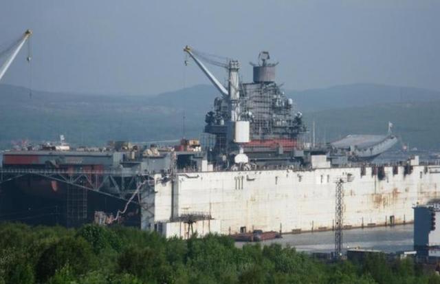 俄军航母自己修太贵面临两难:退役或前往中国修理
