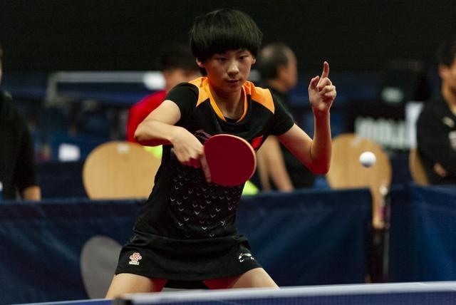 國乒又一天才橫空出世!14歲少女獨攬3金 擊碎日本唯一冠軍希望
