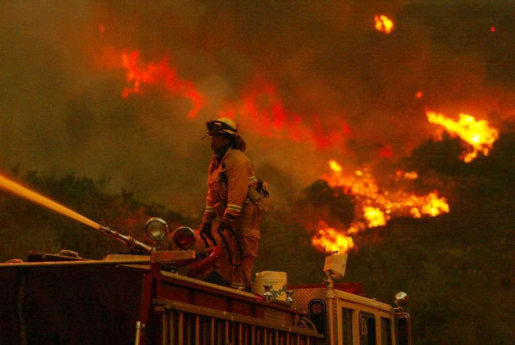 加州山火肆虐,大明星们的豪宅也一座接一座地沦陷了,72xuan,7374小游戏,7500日元,吕爱惠,闾汉彪,驴友阿凡提全集