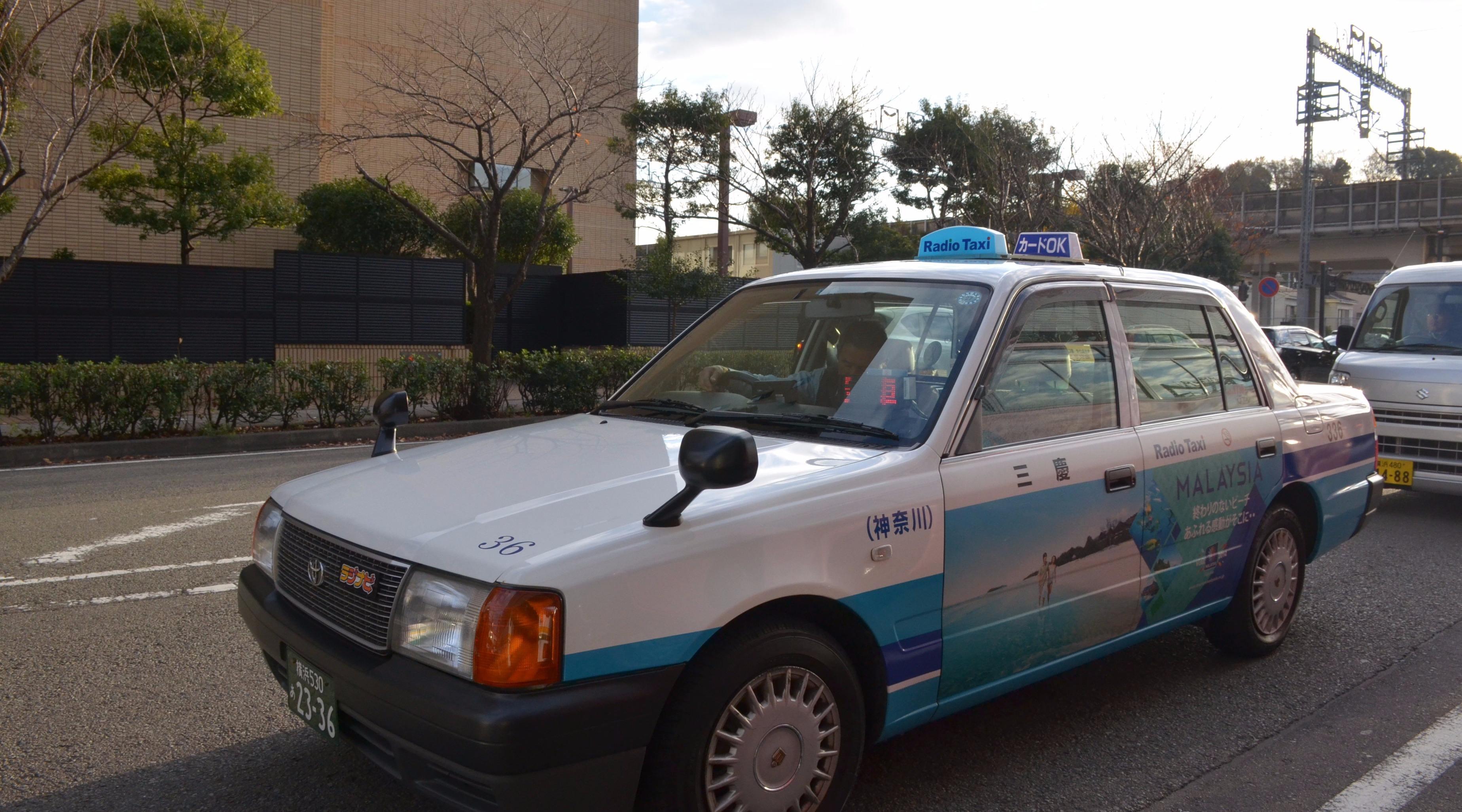 日本出租车司机年纪大,却比中国出租车安全?背后原因令人深思!