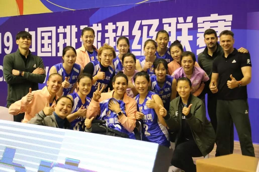 辽宁广东搭上8强末班车,八一女排创史上最差成绩