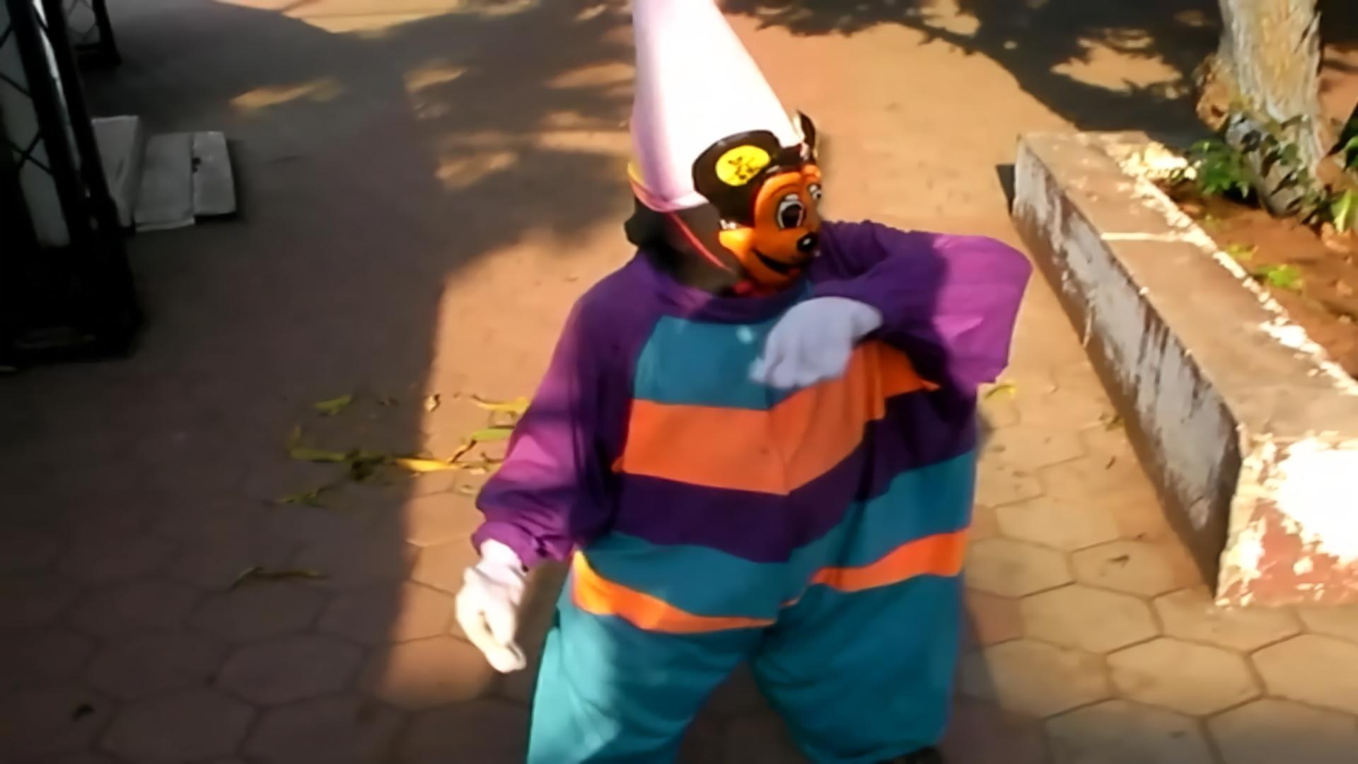 """印度出现山寨版迪士尼乐园 米奇""""辣眼睛"""""""