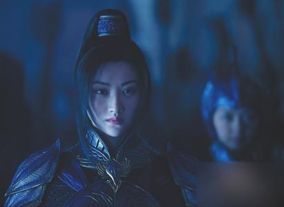 《长城》突破5亿仅用3天 景甜演绎鹤军女将翻盘成功