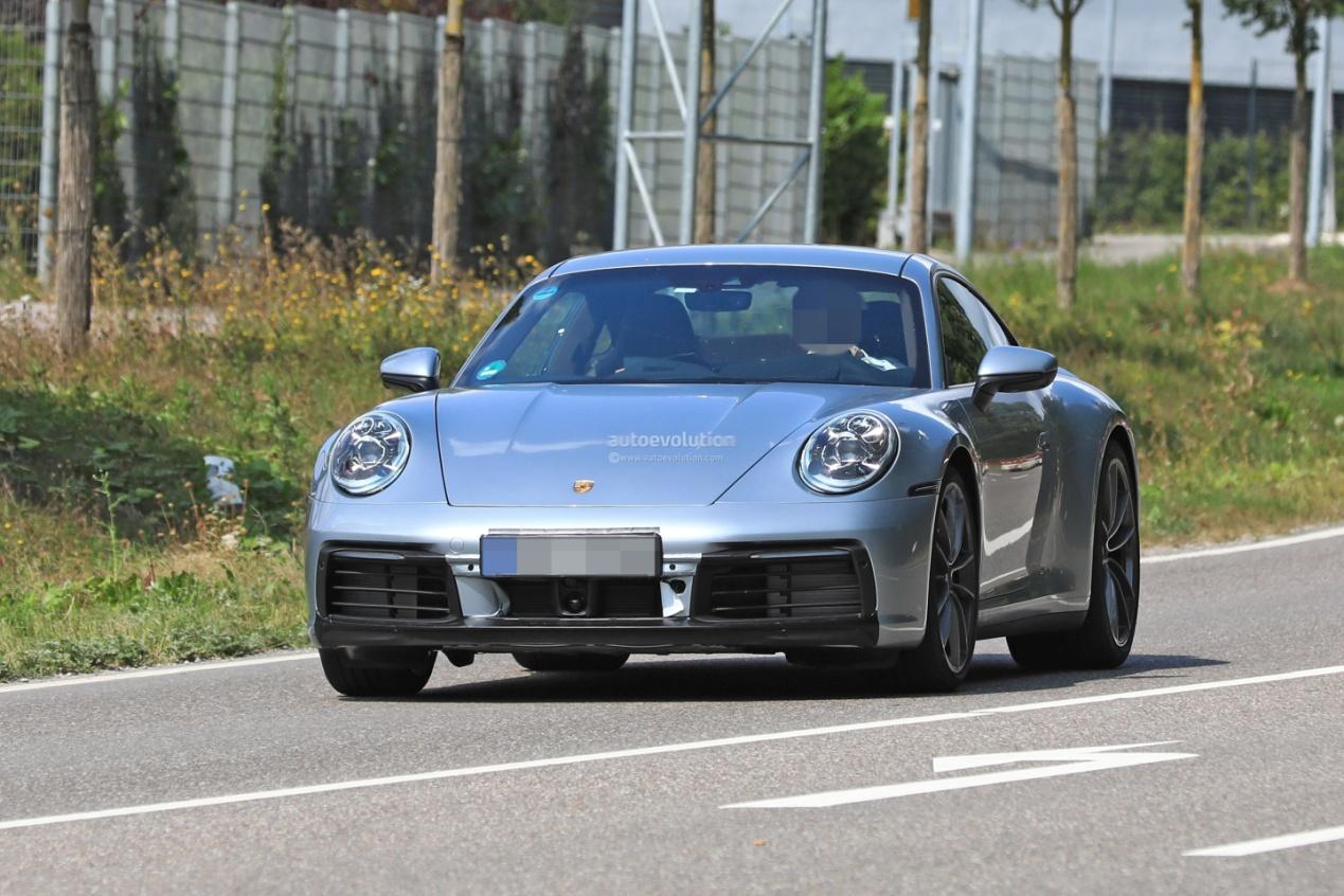 新一代保时捷911最新谍照 巴黎车展将亮相