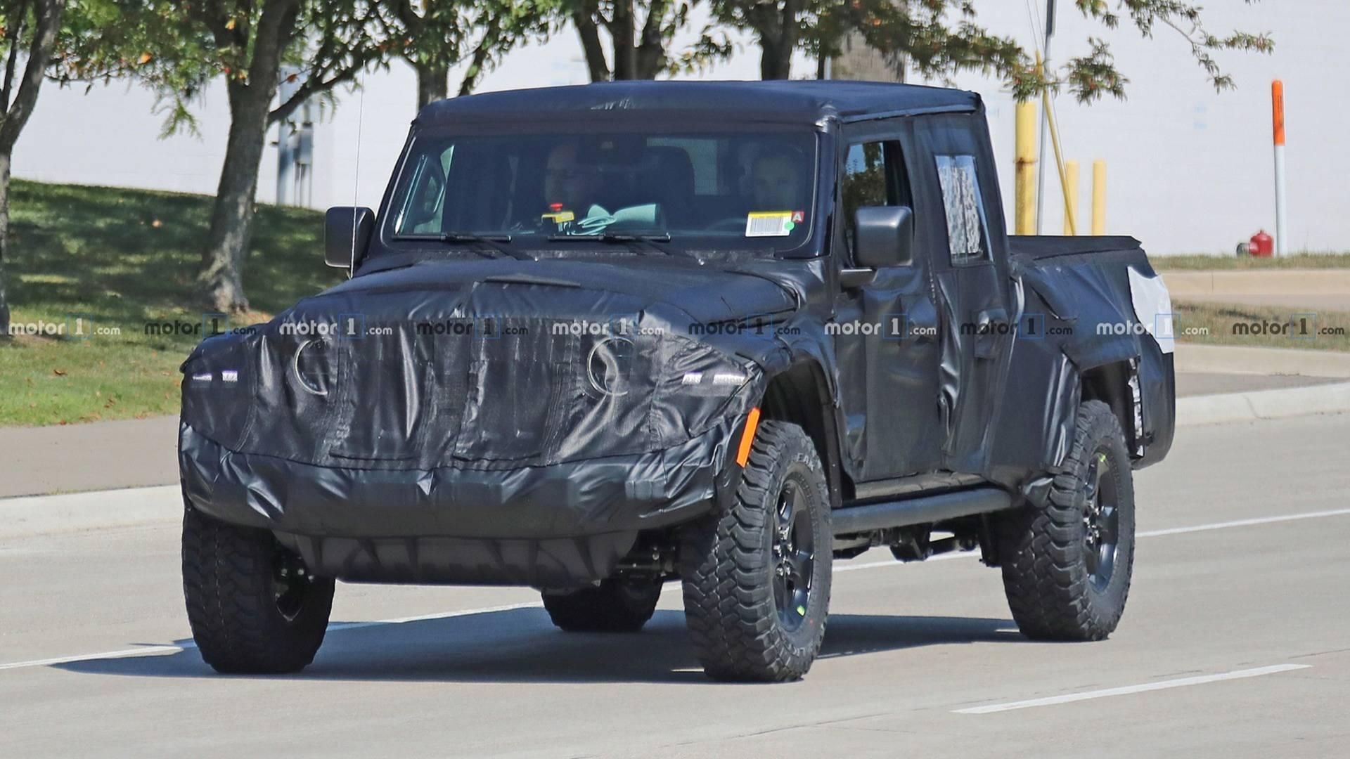 Jeep牧马人皮卡谍照曝光 预计明年年初前发布