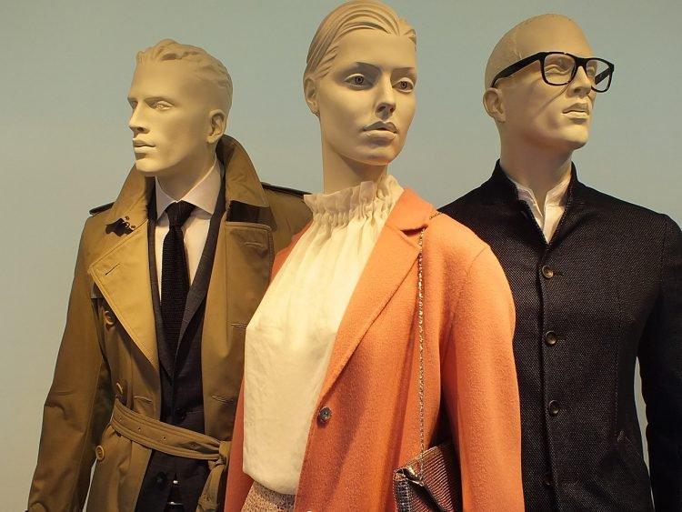 官员提议:在实体店试衣服是不道德的行为 应该收税