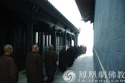 海城大悲寺_大悲心声:每个佛教徒都有一盏爱国爱教的心灯_凤凰网佛教