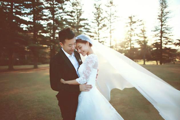 邓家佳宣布与圈外老公和平离婚:感谢曾经相伴