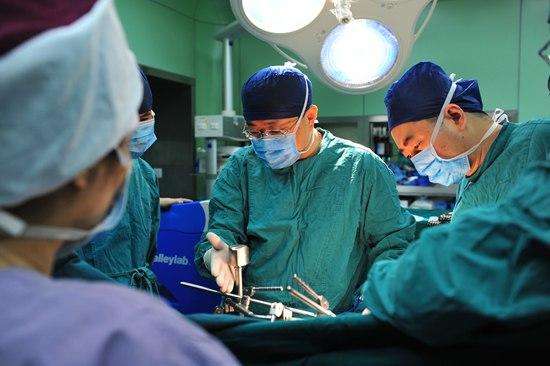 """""""癌王""""怎么治?中国胰腺癌团队改写国际标准"""