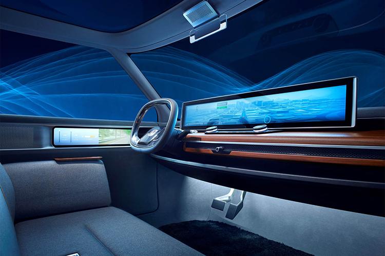 本田首款量产电动车超大屏堪比彩电 日内瓦车展亮相