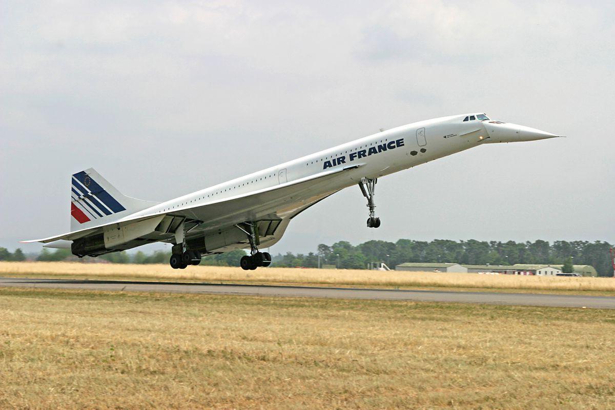 专家畅想未来航空业走向 乘电动飞机去...