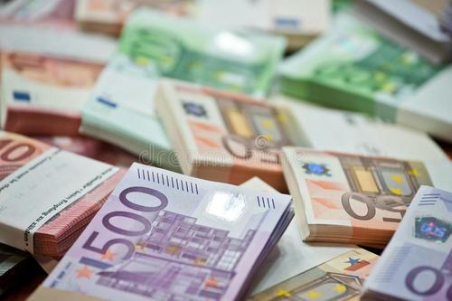 欧洲最低工资报告:英德意外在西欧垫底 (组图)