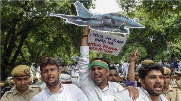 """军火巨头紧盯印度战机大单:后者官僚习气成""""拦路虎"""""""