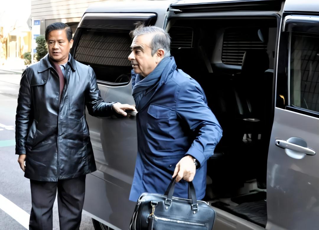 当日本公司董事长容易吗? 这个老外半年被抓四次