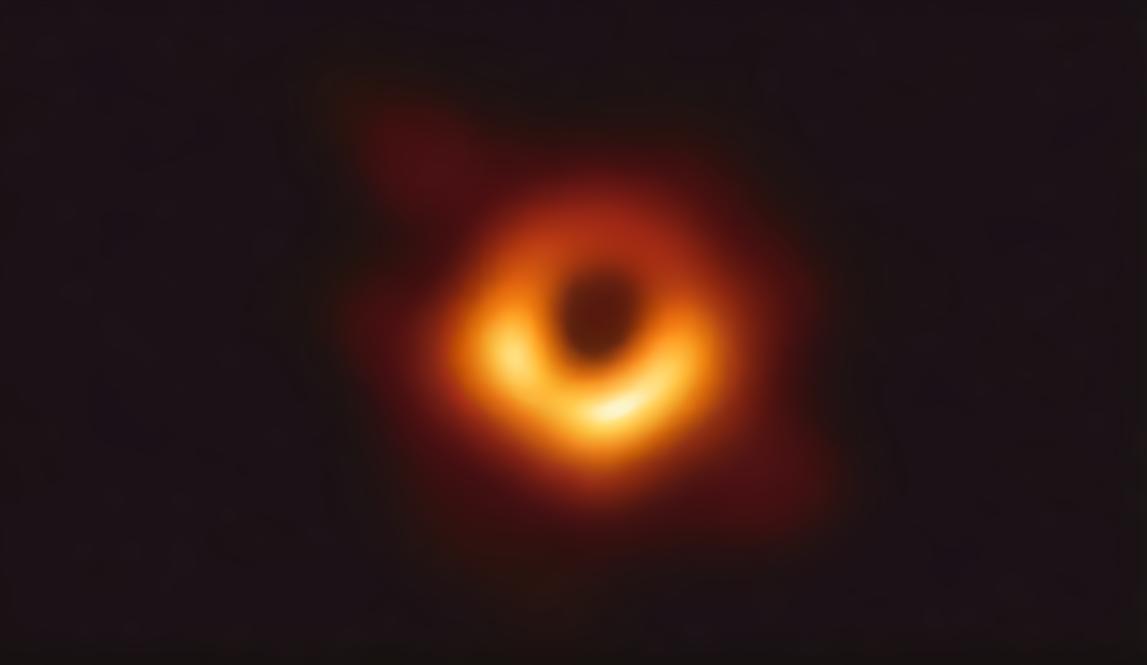 人类首张黑洞照片面世!来看看是啥样子