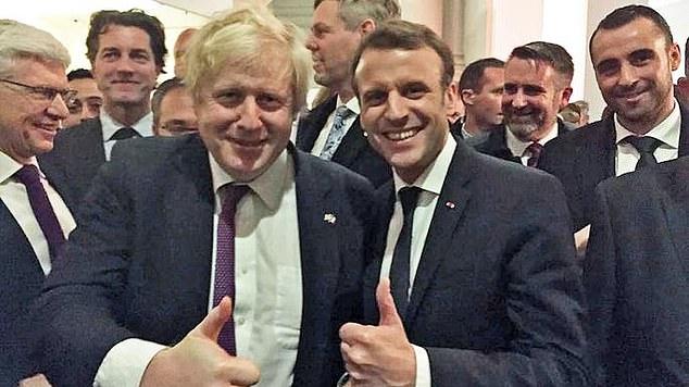 """英首相候选人用""""分手费""""要挟欧盟 马克龙强势警告"""