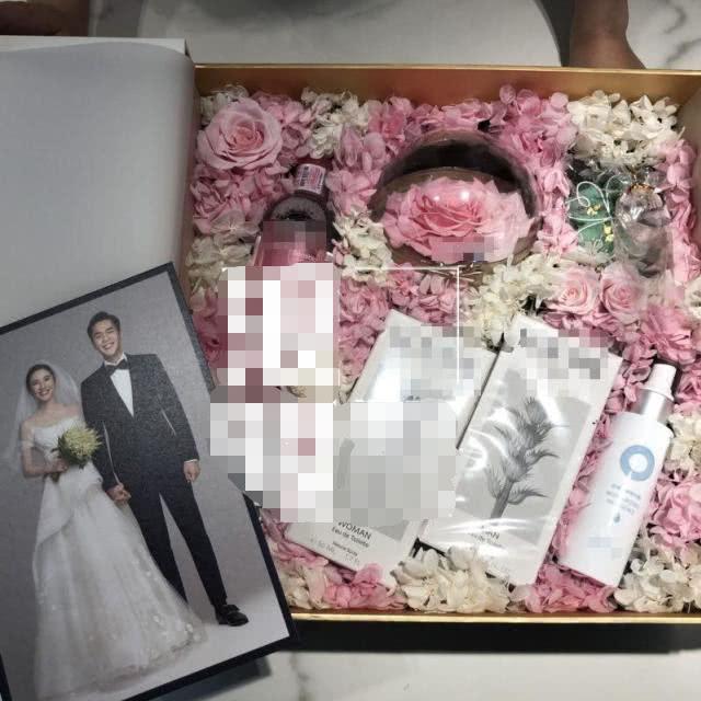 张若昀唐艺昕婚礼伴手礼