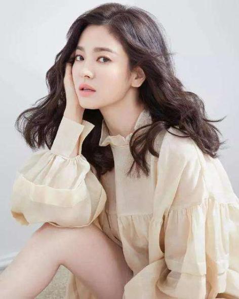 宋慧喬離婚后首露面選在中國 將在三亞出席品牌活動