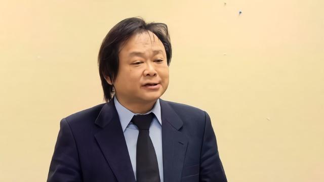 王世坚称民进党给韩国瑜一个机会输 记者笑疯了