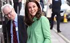 凯特王妃怀孕踩高跷 真是开挂的真女汉子!